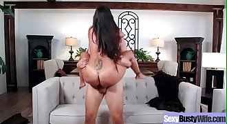 Hard Bang On Tape With Big Round Tits Housewife (Ava Addams) mov-05