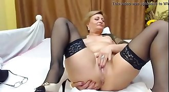 Hot Mature on Webcam - Watch More At www.galaxycams.tk