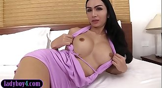 Big boobs asian t-girl deep anal invasion fucked by a huge dick