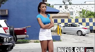 Mofos - Stranded Teens - Busty Chicks Back Seat Blowjob starring Raven Redmond